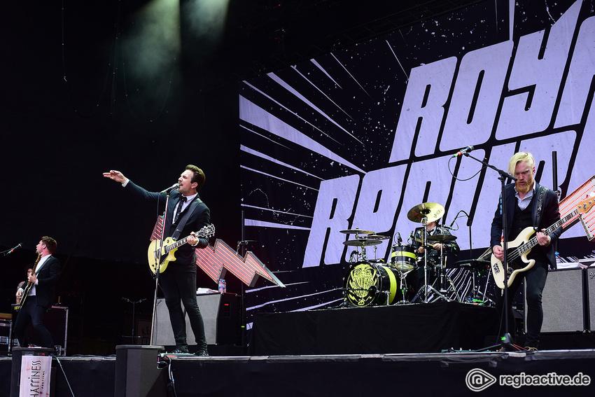 Royal Republic (live beim Happiness Festival, 2017)