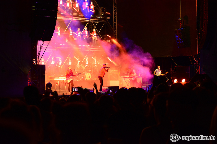 Kraftklub (live beim Happiness Festival, 2017)