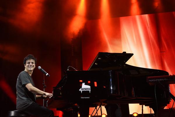 Doppelkonzert der Extraklasse - Norah Jones und Jamie Cullum rocken die Jazzopen Stuttgart