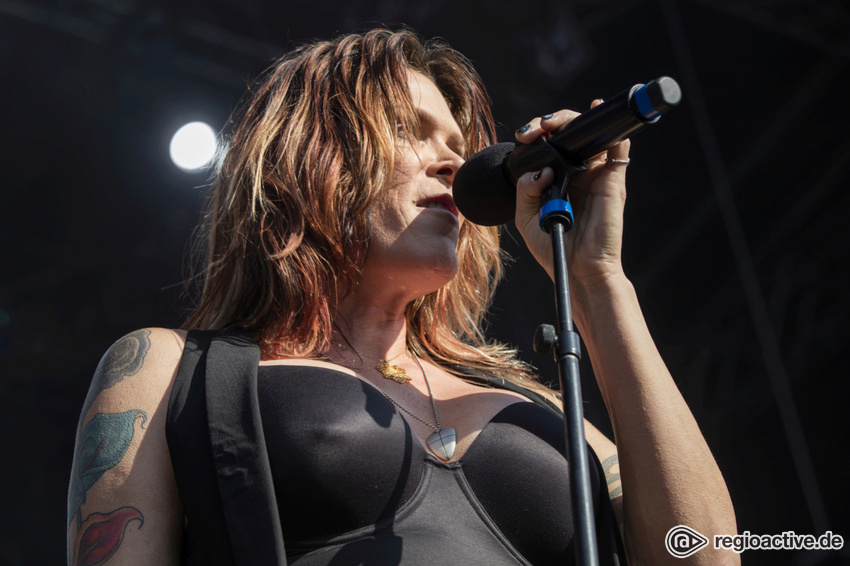Ultimativer Female-Blues - Beth Hart: Acht Deutschlandkonzerte im Sommer 2019