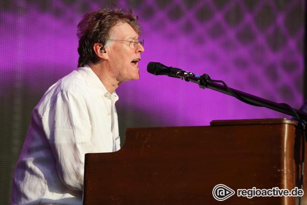 Jungstar im Alter - Weißer Blues: Live-Fotos von Steve Winwood bei den Jazzopen Stuttgart
