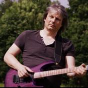 Gitarrist sucht Mitmusiker (Sänger/in, Bassist/in, Schlagzeuger/in, Keyboarder/in)