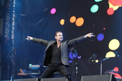 """Vielfältige Product Range im Einsatz - """"Global Spirit""""-Welttournee: Depeche Mode setzt auf beyerdynamic"""