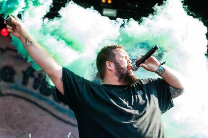 Nur das Beste - Punkig: Bilder von Feine Sahne Fischfilet live beim Deichbrand Festival 2017