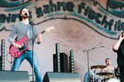 Punkig: Bilder von Feine Sahne Fischfilet live beim Deichbrand Festival 2017