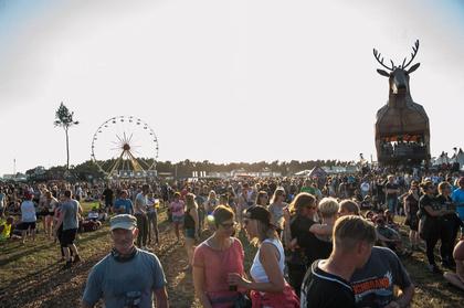 Hier kommt die Flut - The Killers, The Hives und Wolfmother auf dem Deichbrand Festival 2018