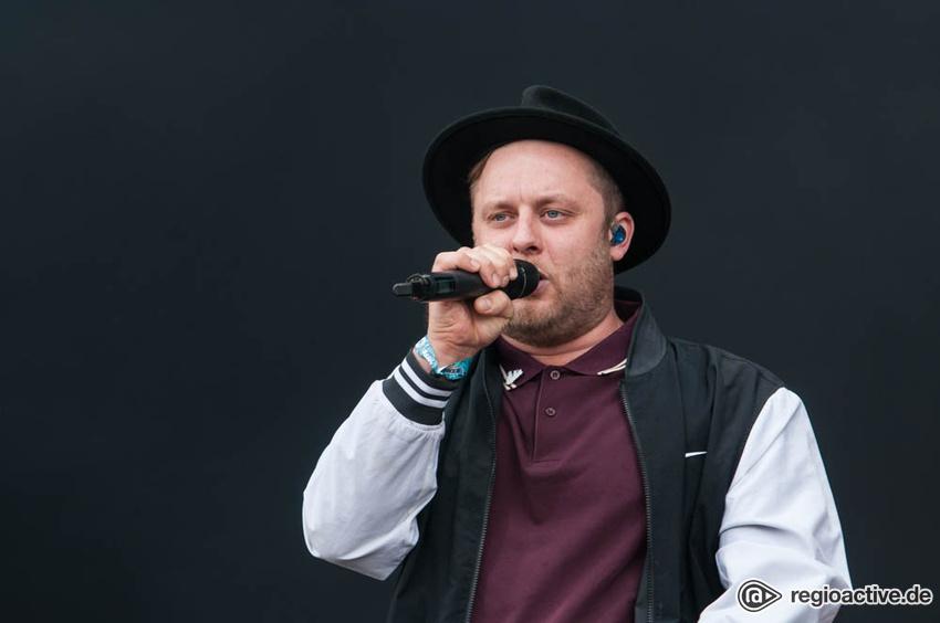 Fatoni (live beim Deichbrand Festival 2017)