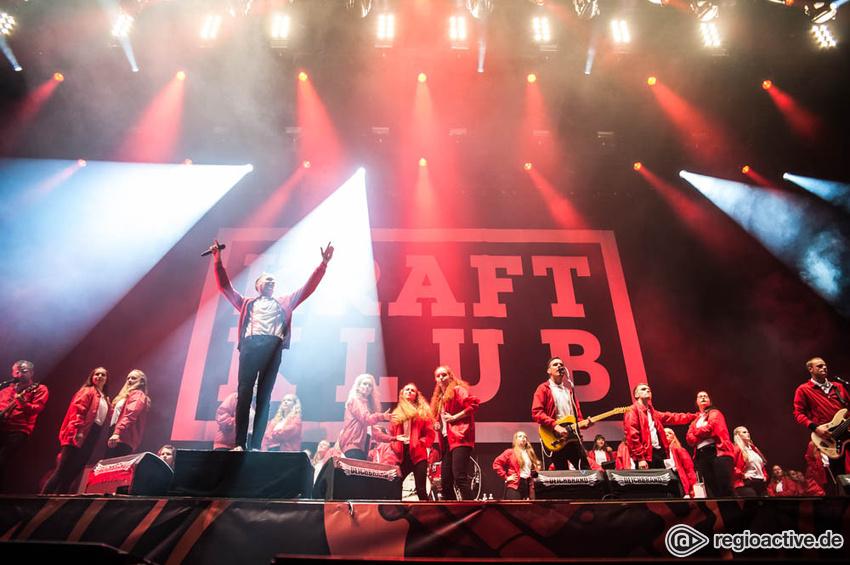Kraftklub (live beim Deichbrand Festival 2017)