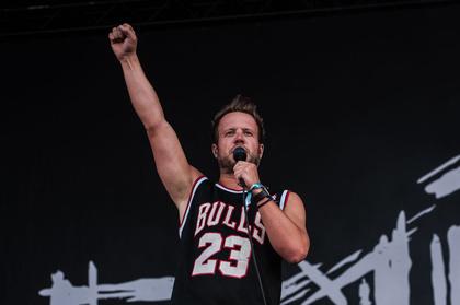 Energiegeladen - Alternative-Metal: Fotos von Emil Bulls live beim Deichbrand Festival 2017
