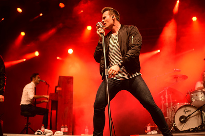 Voc'n'Rock - Back To The 50s: Live-Bilder von The Baseballs beim Trebur Open Air 2017