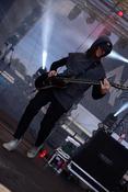 Powerbündel: Live-Fotos von Annisokay beim Trebur Open Air 2017