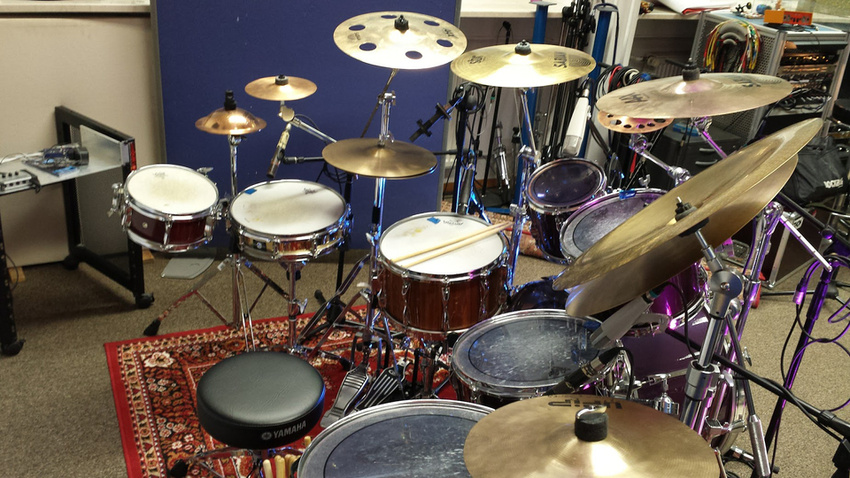 studio drummer sucht arbeit m nchen backstage pro. Black Bedroom Furniture Sets. Home Design Ideas