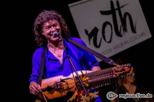 Blau der Geyer - Live-Bilder von Roth Keyfiddle Journey als Opener von Blackmore's Night in Hanau