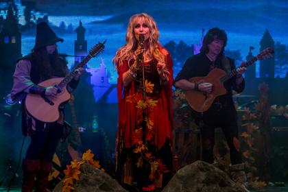Magische Zeitreise - Blackmore's Night entführen das Amphitheater Hanau in eine andere Welt