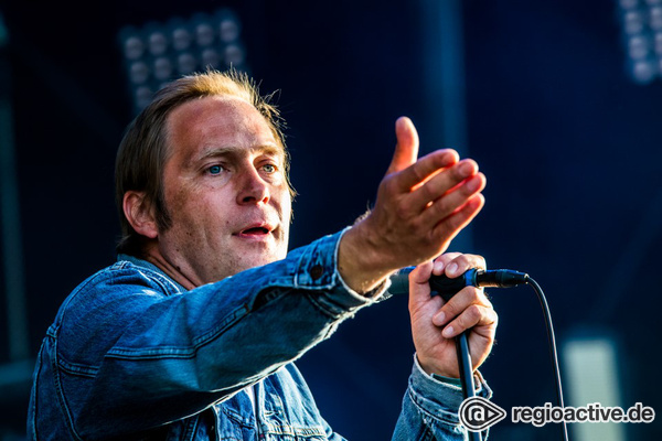 Nordisch - Thees Uhlmann: Live-Fotos beim Highfield Festival 2017