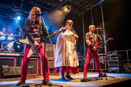 Ein Ackerfestival - Dennoch im Vordergrund: Alle Bilder von Rock im Hinterland 2017