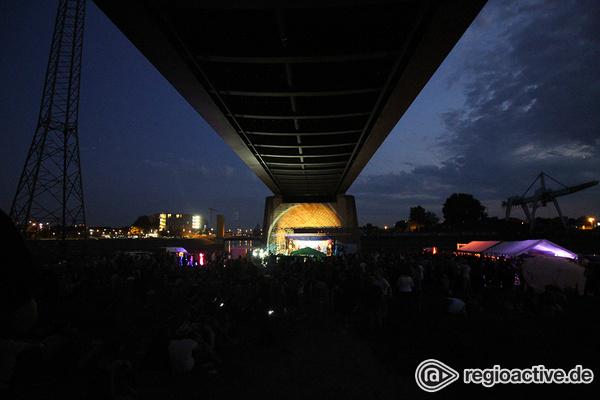 Sommerfeeling - Impressionen vom Freitag beim Mannheimer Brückenaward 2017