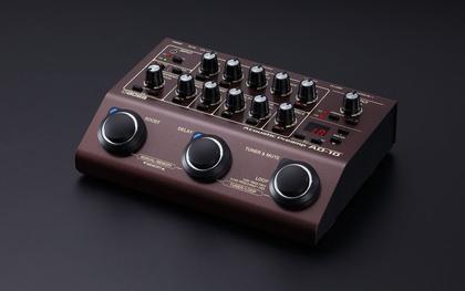 Soundwerkzeug für Akustikgitarren: Der neue AD-10 von BOSS