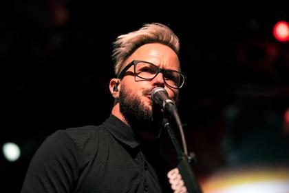 Melodischer Post-Grunge - Kraftvoll: Live-Bilder von Breaking Benjamin in der Frankfurter Batschkapp
