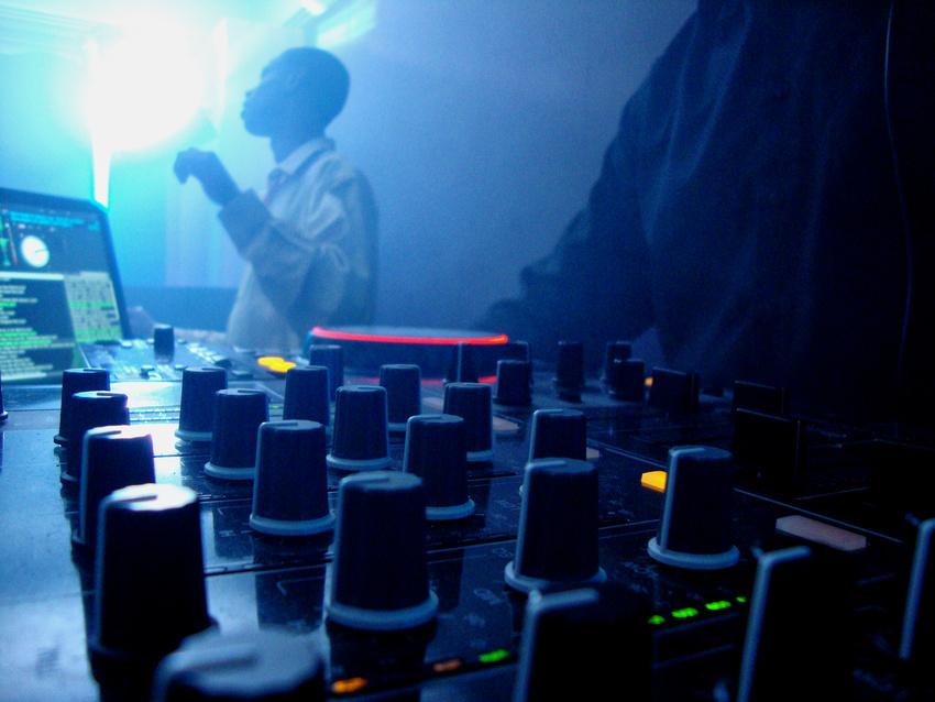 Sony will an unlizenzierten Remixes verdienen