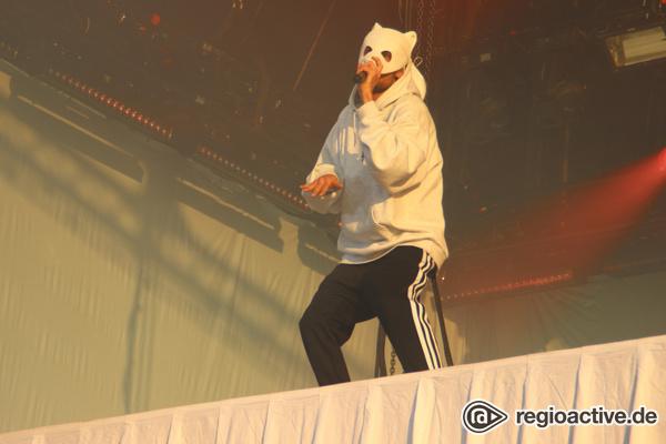 Maskenrapper - Panda-Alarm: Live-Bilder von Cro beim Lollapalooza 2017