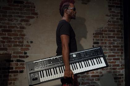 Keyboards im Doppelpack - Die Roland-Neuheiten V-Combo VR-730 und V-Combo VR-09B