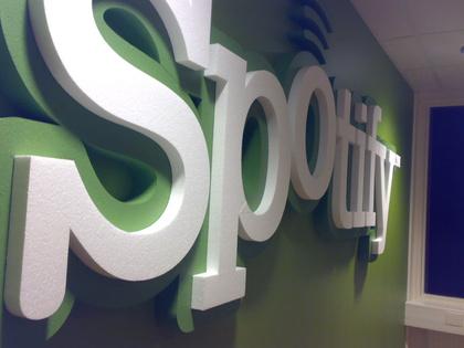 Dreißig Prozent Umsatzplus - Schwacher Umsatz pro Hörer: Spotify trotz erstmaliger Quartalsgewinne mit durchwachsenen Prognosen