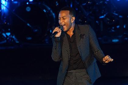 Positionswechsel - Stylish: Bilder von John Legend live in der Jahrhunderthalle Frankfurt