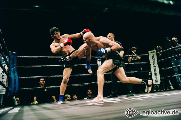 Königsklasse - Gladiatoren: Fotos von Davlatov vs Hinkel bei der Fight Night 2017 in Mannheim