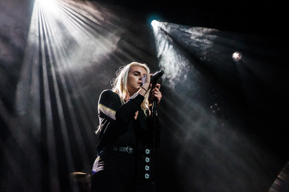 Tiefsinnig - PVRIS: Live-Fotos der US-Rockband im Docks in Hamburg