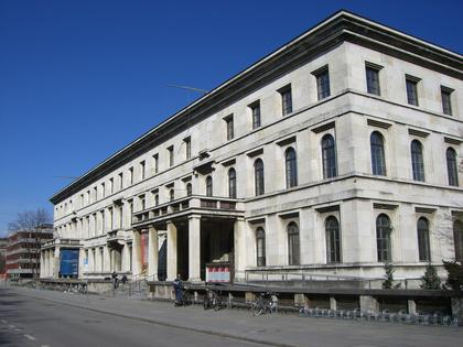 Bayerische Musikhochschul-Lehrbeauftragte streiken für soziale Absicherung