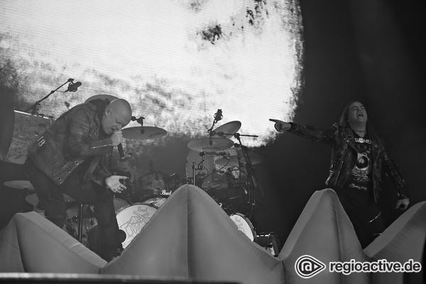 Alle unter einem Dach - Pumpkins United: Live-Bilder von Helloween in der Porsche-Arena in Stuttgart