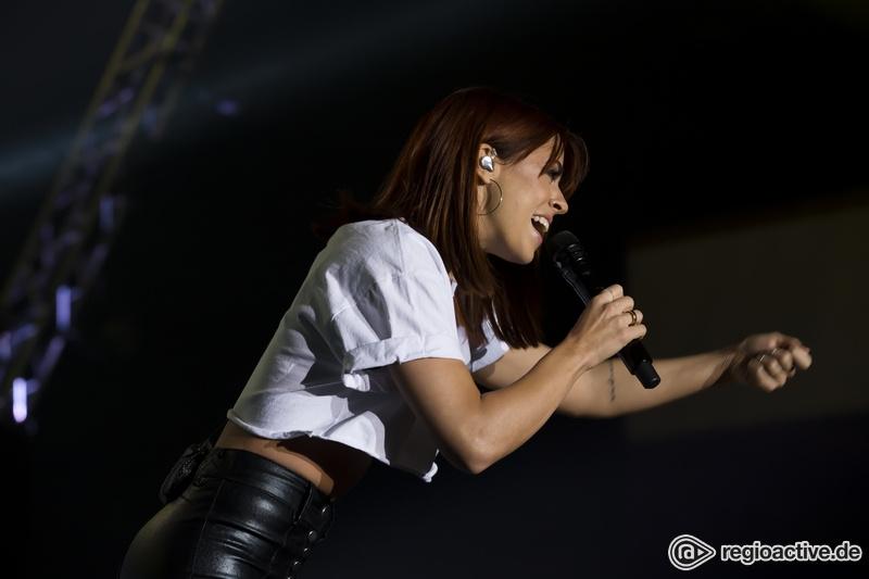 Vanessa Mai (live bei der Schlagernacht des Jahres, Frankfurt 2017)