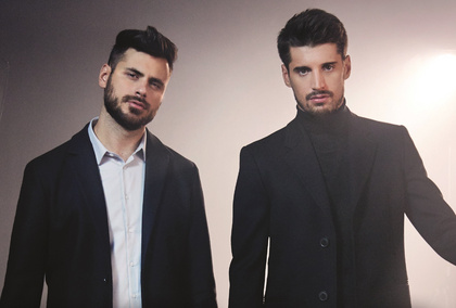 Virtuos - 2Cellos interpretieren auf ihren Konzerten im Juni 2018 internationale Hits neu