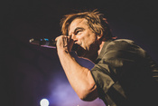 Livebilder von The Adicts als Support der Toten Hosen in Frankfurt