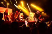 Live-Bilder von The New Black als Support für Extreme in Frankfurt