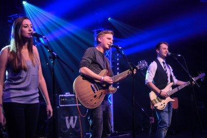 Kein unsinniges Gerede - Papperlapapp: Live-Bilder vom Abschlusskonzert des Bandsupports Mannheim 2017
