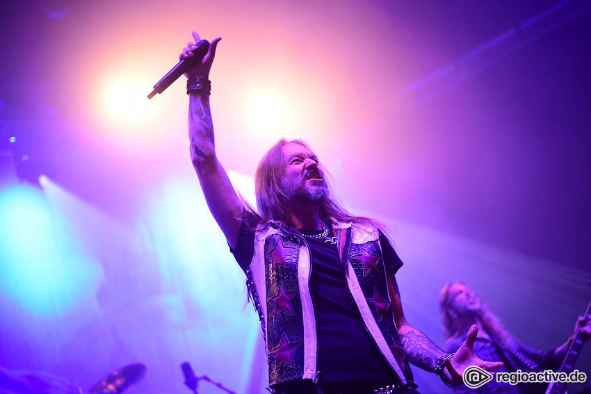Hammerfall (live in Karlsruhe, 2017)