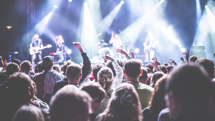 Live Nation will das Risko von Veranstaltungen in Corona-Zeiten auf MusikerInnen abwälzen
