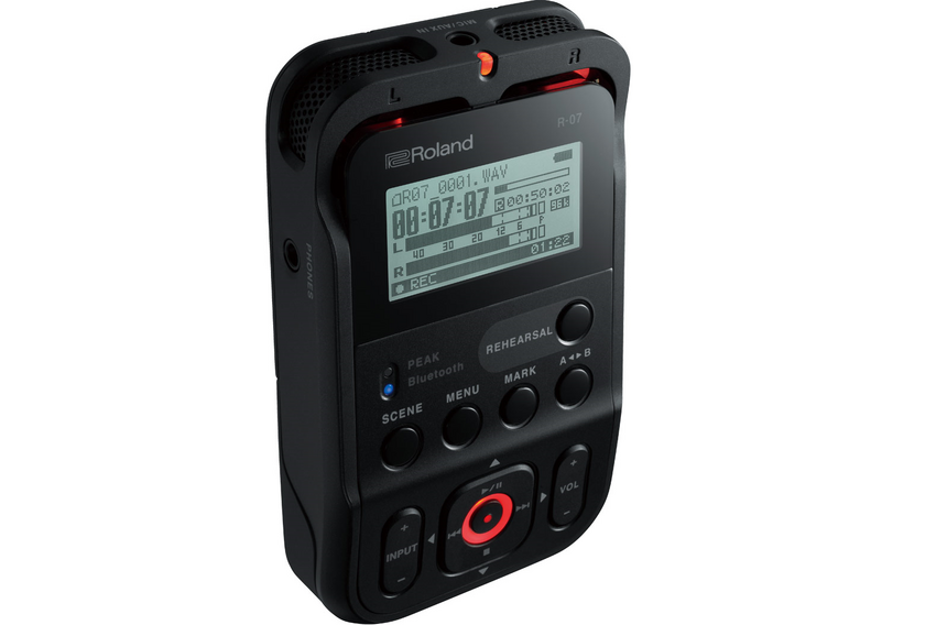 Der neue Roland R-07 Audio-Recorder mit wireless Monitoring und Remote-Steuerung