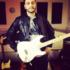 Ambitionierter Gitarrist sucht Anschluss an bestehende Band