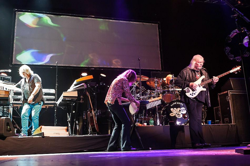 Yes (live in Mainz 2014)