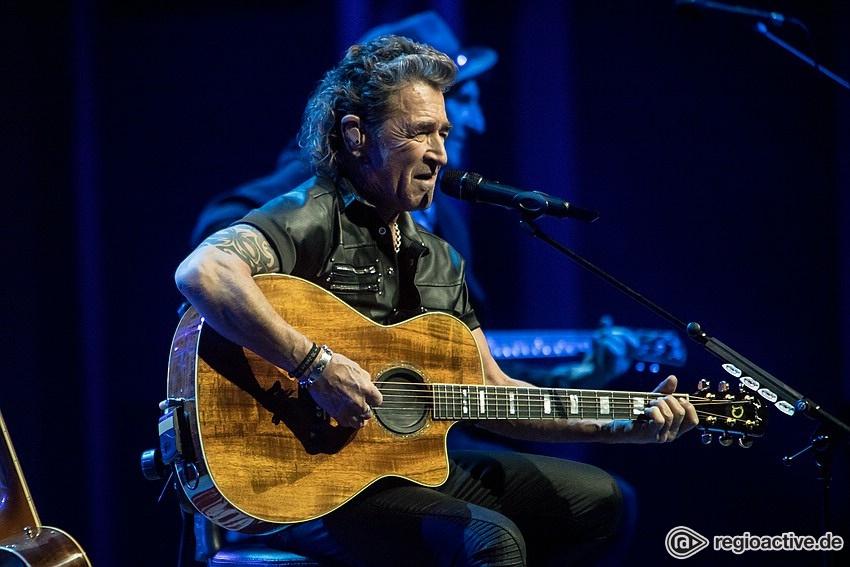 Stromlos glücklich - MTV Unplugged: Peter Maffay bringt akustische Frühlingsgefühle in die Festhalle Frankfurt