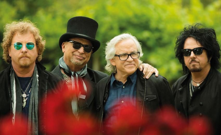 Tour fast ausverkauft - Nur noch wenige Karten für Toto Konzerte verfügbar