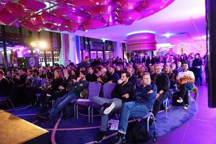 Live-Entscheidung am Yamaha-Stand - Premiere der European Songwriting Awards auf der Musikmesse 2018