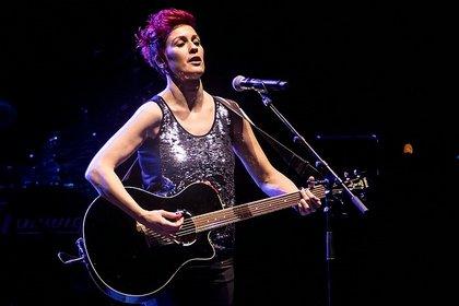 Casting-Talent aus Israel - Live-Bilder von Sharron Levy als Support von Bonnie Tyler in Mannheim