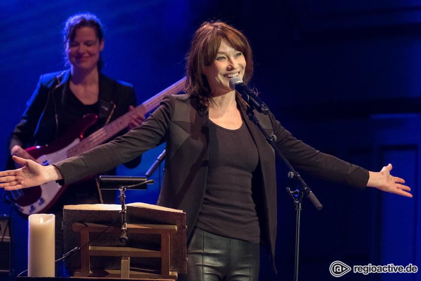 Carla Bruni (live in Hamburg, 2018)