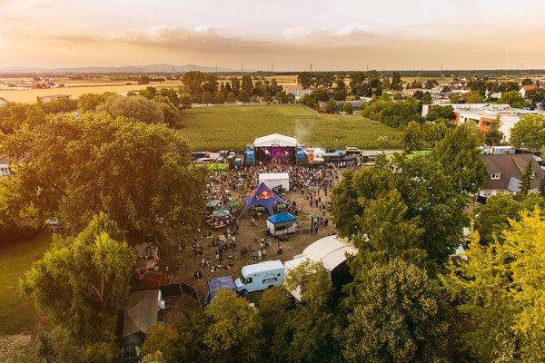 Prima Mischung - Trebur Open Air 2019 mit Therapy?, Fil Bo Riva, Moop Mama, Mia. und Fjørt