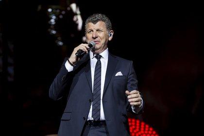 Der Gentleman unter den Schlagersängern - Live-Bilder von Semino Rossi bei der Schlagernacht des Jahres 2018 in Mannheim