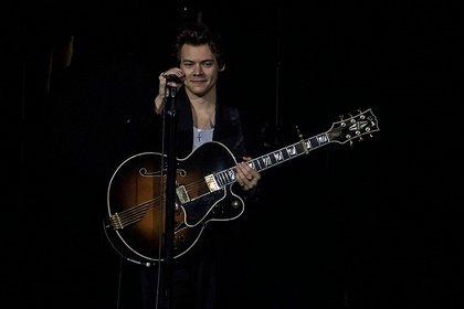 Eine neue Richtung - Stylish: Fotos von Harry Styles live in der SAP Arena in Mannheim